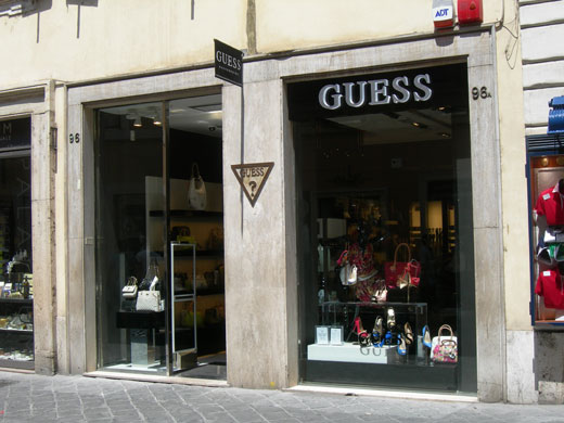 attractive price buying cheap picked up Guess Accessories Store (Via Frattina) - Accessori ...