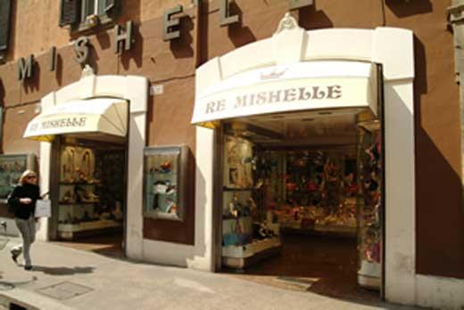 Re mishelle via del corso accessori abbigliamento for Corso roma abbigliamento